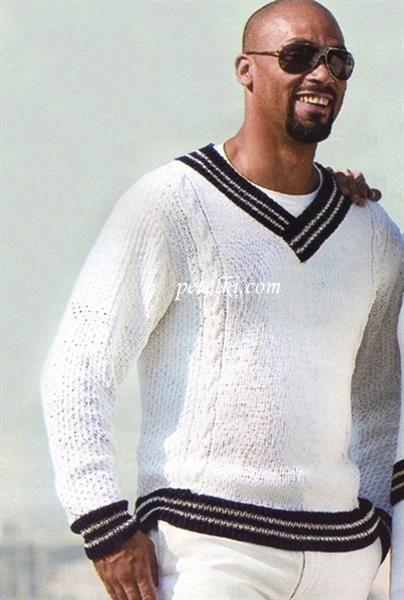 Вязаные белые мужские свитера