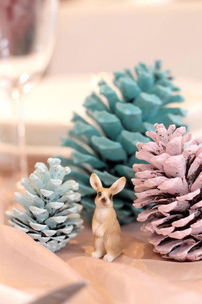 Table de Noël déco : DIY pas cher et facile - Invite & Décor sur CôtéMaison.fr: