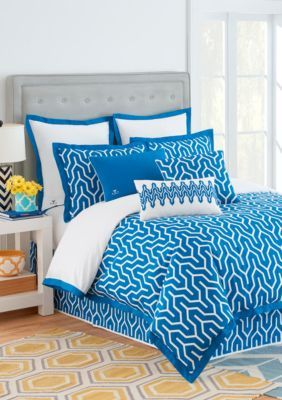 best 25 blue comforter ideas on pinterest bright rooms orange room decor and navy comforter. Black Bedroom Furniture Sets. Home Design Ideas