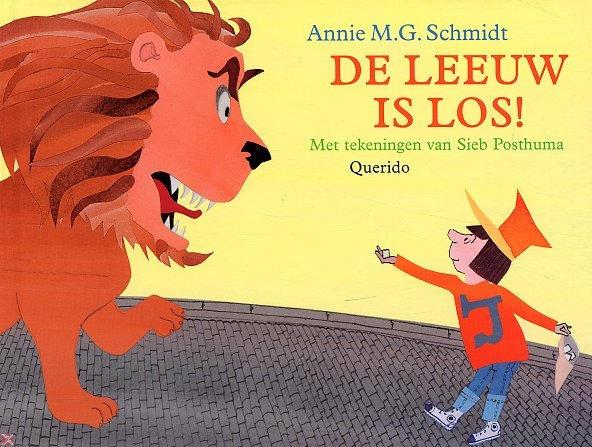 De leeuw is los. De leeuw is los!!  Hij wandelt al door de straten   hij wil naar 't Amsterdamse bos...