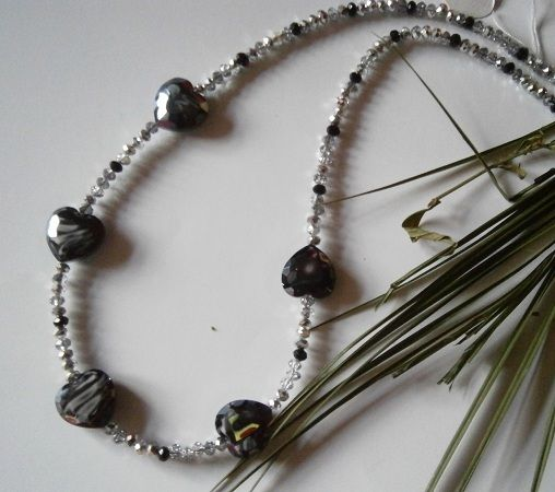 "20"" BLACK & SILVER CRYSTAL BEADED NECKLACE WITH LARGE HEART SHAPED BEADS   £ 10http://creative-connections.ning.com/photo/p8280201?context=album&albumId=3872179%3AAlbum%3A361057#.Uou6OztFDrc.00"