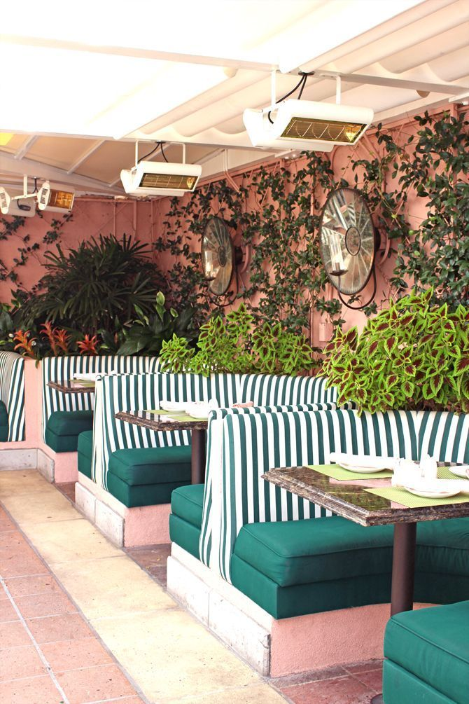 Beverly Hills Hotel S Cabana Cafe