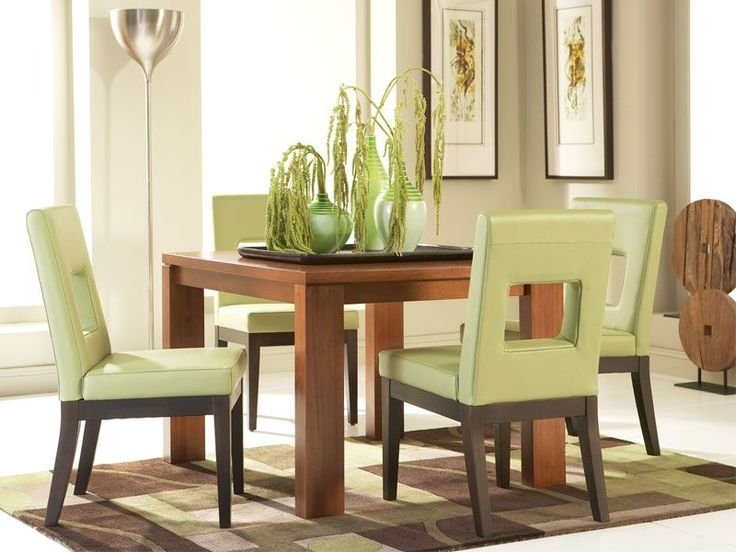 Bainbridge Square Dining Table With Sage Chairs