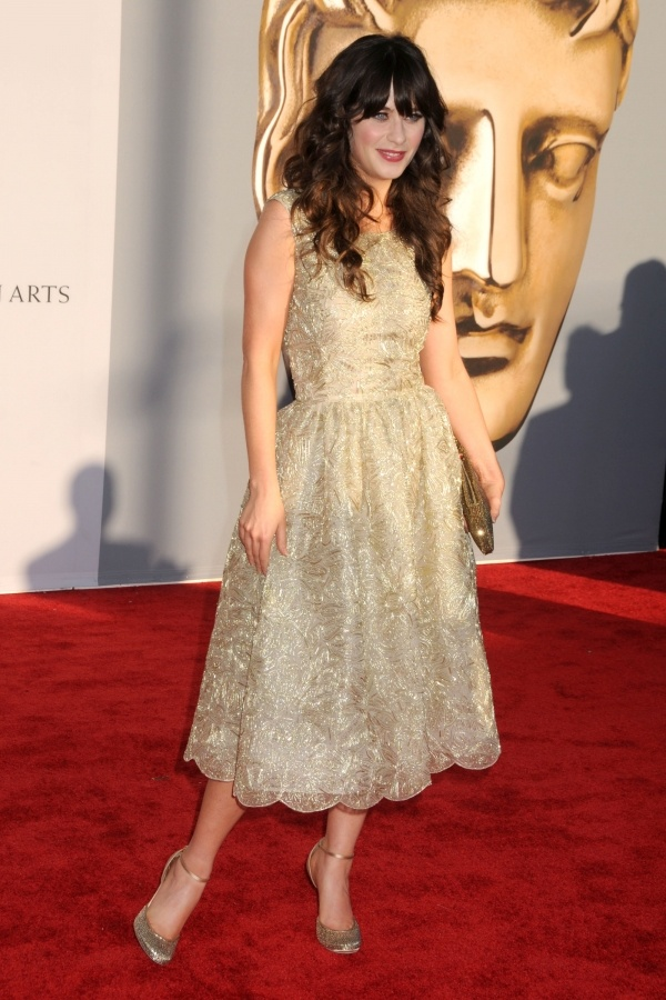 17 best images about zooey deschanel on pinterest 500 for Zooey deschanel wedding dress