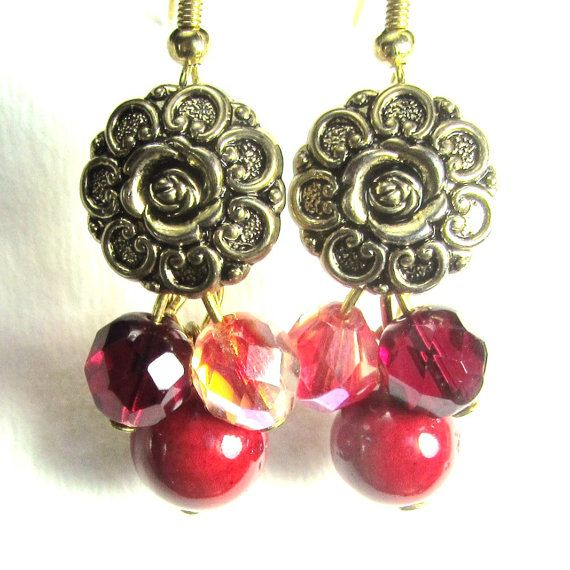 Glam Flower Earrings Vintage Style by flirtyfashionjewelry on Etsy