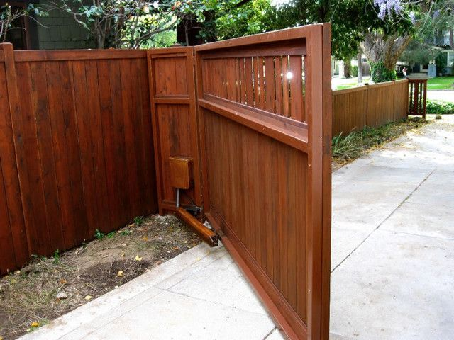 Craftsman Style front driveway gate with automatic opener.