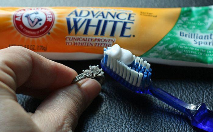 Способы применения зубной пасты, о которых вы не знали — Полезные советы