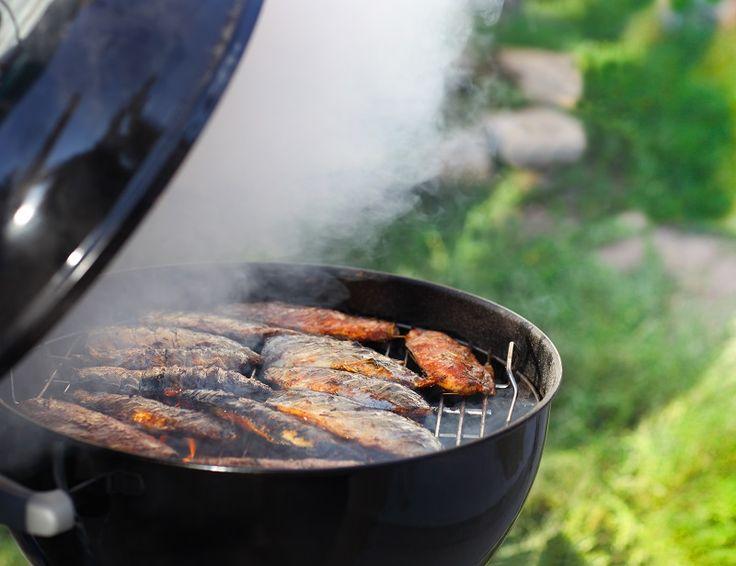 Jak perfekcyjnie upiec rybę na grillu?