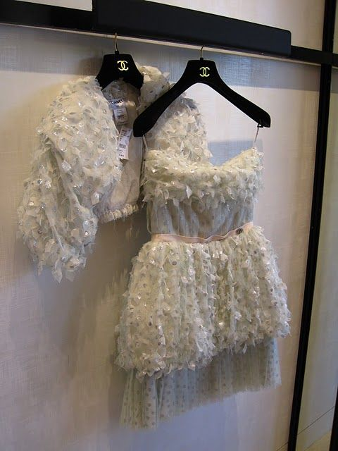 chanel: Couture Couture, Dreams Closet, Dresses Fetish, Style Remain, Receptions Dresses, Fashion Faded, Clothing Style Fashion, Fashion Inspiration, 3 Inspiration
