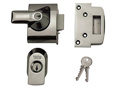 Yale Locks Bs2 Nightlatch British Standard Security Lock 40 Mm Chrome Finish Visi Pack