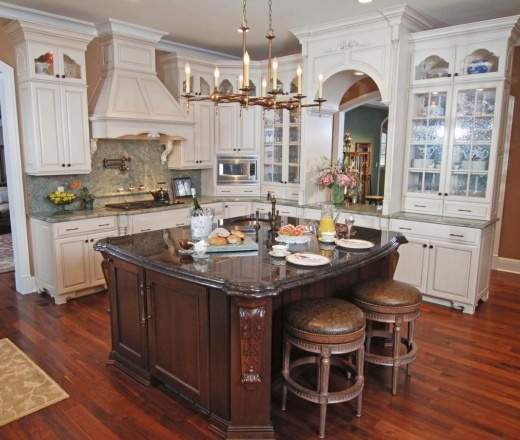 Traditional island style peach kitchen white cabinets for Peach kitchen ideas