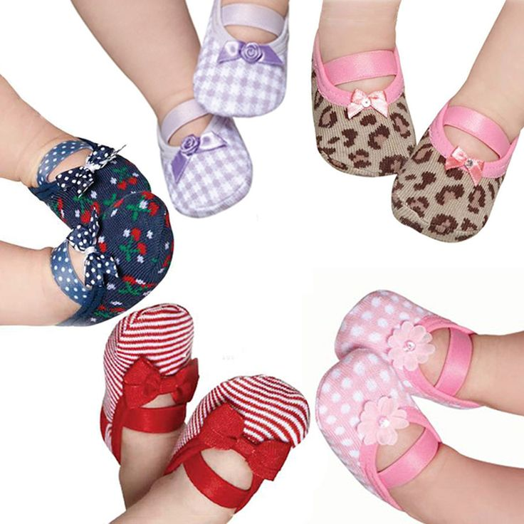 puket socks. socks to newborn shoes? I could diy this!