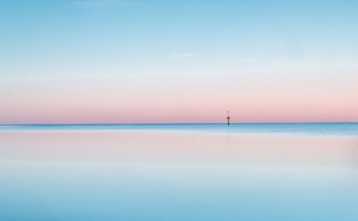 Simplicity by Miraks  on 500px