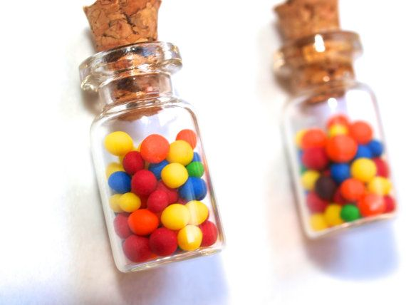 Bubble gum bottles earrings in Polymer clay, polymer clay food, miniature food, polyclay jewelry