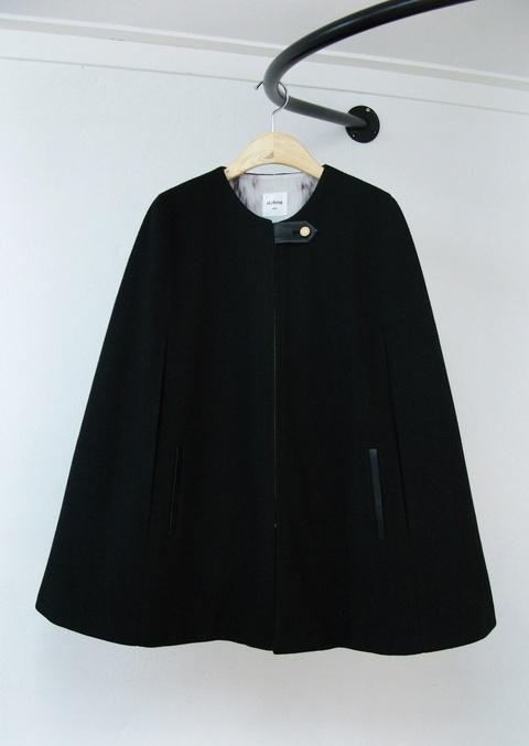 al,thing - Black simple cape