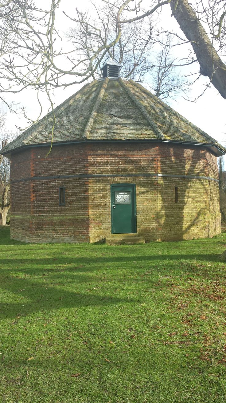 17th Century Ice House In Hampton Courts Home Park