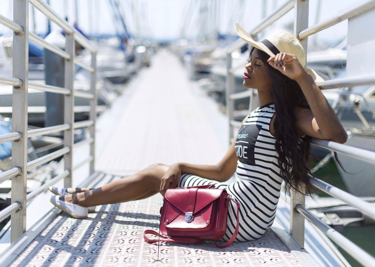 black-blogger-Wallace-Yolicia-striped-summer-dresses-fashion-bloggers-tips-style