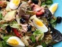 Salade Niçoise ~ French Provençale tuna and vegetable salad.  Light, refreshing and famous the world over, salade Niçoise (nee-SWAHZ) , from the city of Nice in southern France, puts fresh garden produce and fine Mediterranean ingredients to excellent use.