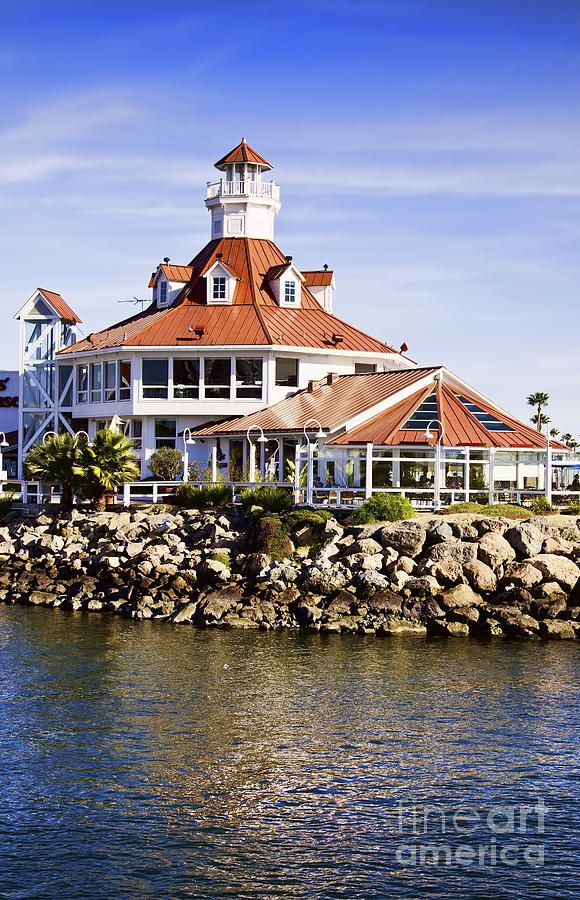 ✯ Historic Lighthouse in Cabrillo, California