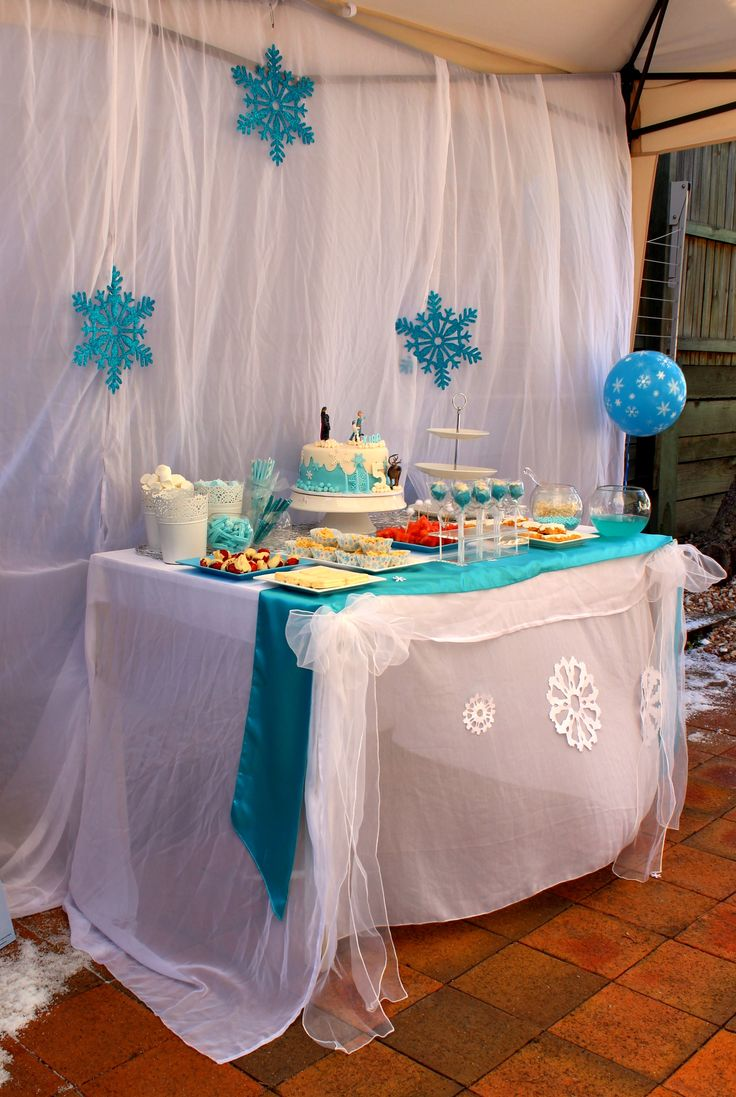 Frozen Themed Party styled by My Kidz Party www.facebook.com/MyKidzParty #Frozen #parties