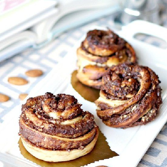 Nutella & Nut Snail Rolls. These are perfect for breakfast. Fool-proof ...