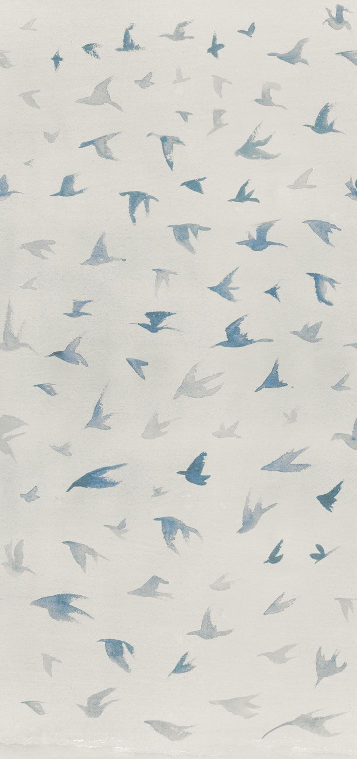 Carta da parati / Wall paper: LITTLE WINGS - Ecru #Tecnografica #ItalianWallcoverings #cartadaparati #wallpaper #blu #blue #arredamentodinterni #interiordesign #design #cameradaletto #soggiorno #bagno #art #cielo #ideas #bedroom #livingroom #bathroom #birds #sky