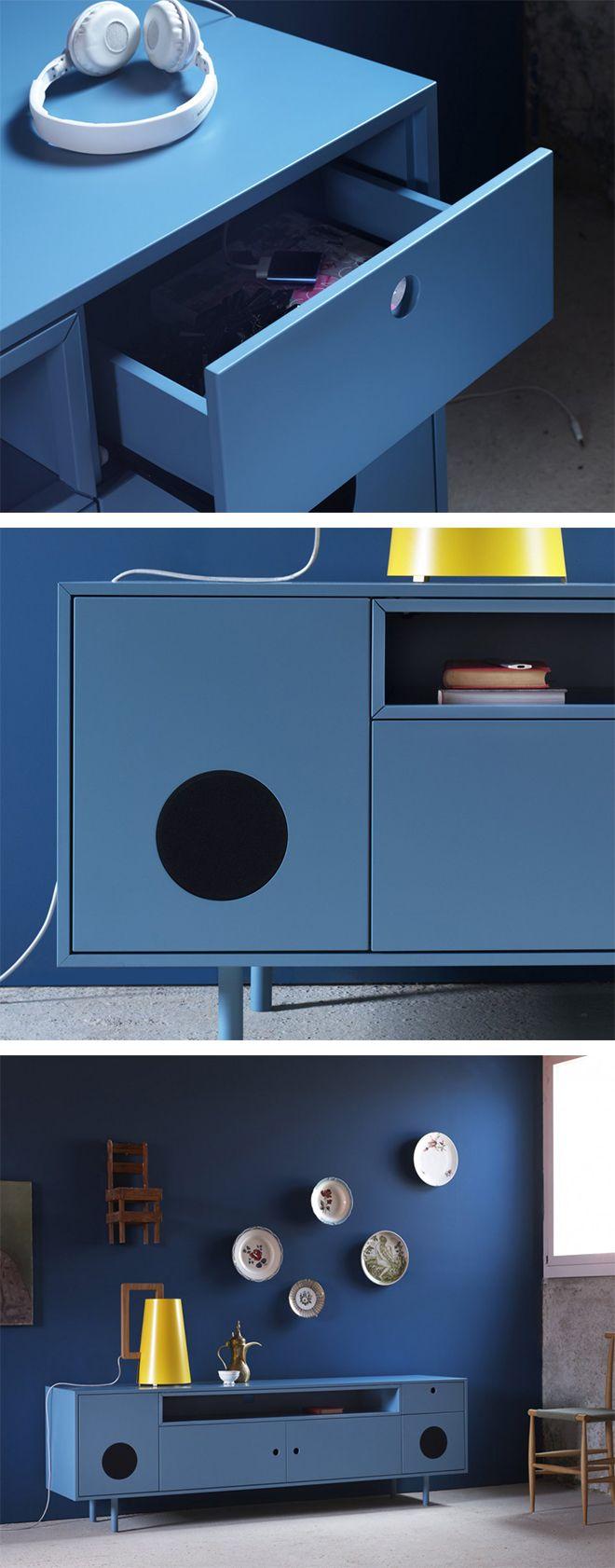 Mit dem Miniforms Sideboard Caixa kann man Bluetooth fähige Audiogeräte und ein TV Gerät anschließen.   #Sideboard #Stereosystem #Bluetooth #Audio #Miniforms #TV #Lautsprecher #Stereo #Wohnzimmer #livingroom #sound #Stereosoundsystem #wohntrend #wohnideen #Einrichtungsideen #home #wohnen #Livarea #Luxus #Designmöbel #Designboard #interiordesign #interiordecorating #Design #Möbel