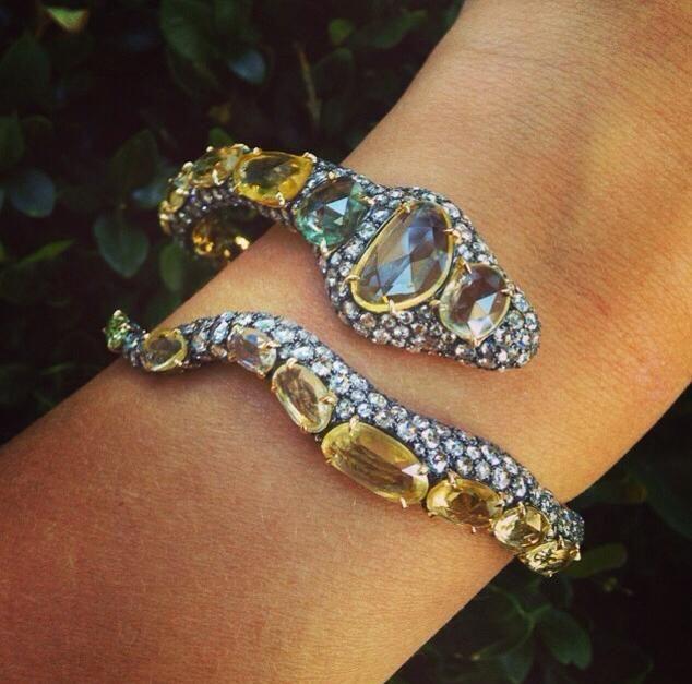 Charm Bracelet - HUGES OF LOVE XVI by VIDA VIDA M075VLruf