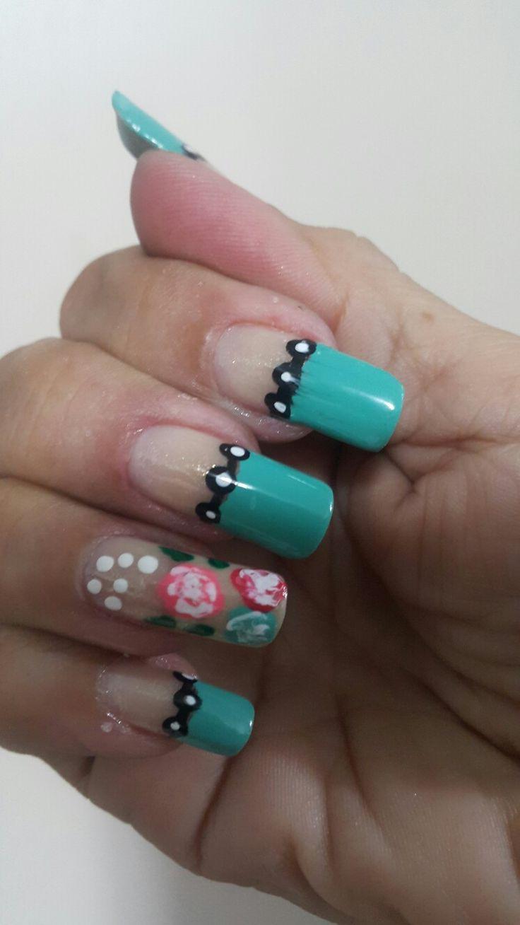 Nails..nails diseño con color grace gel shine y flowers .....💅 😉