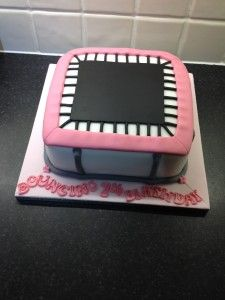 How to make a trampoline/trampolining cake - instructions. Bouncing birthday cake! Fondant / sugar paste.