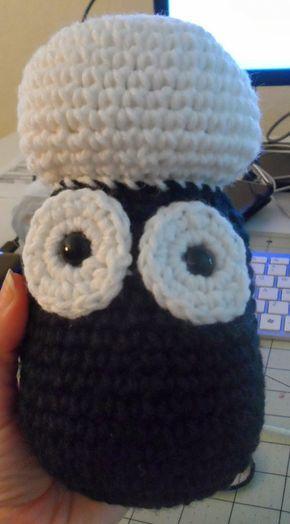 Si conoces a Shaun la Oveja, te encantará la manualidad que tenemos hoy para proponerte. Vamos a mostrarte cómo hacer a Shaun la Oveja en crochet con un patrón muy sencillo. Si tienes bien dominada la técnica del crochet, no dudes en realizarla.Así sea para decorar tu escritorio, para obsequiar a una amiga o para