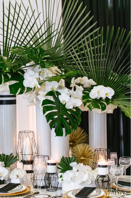Green and White | Wedding table decor in 2019 | Tropical ...