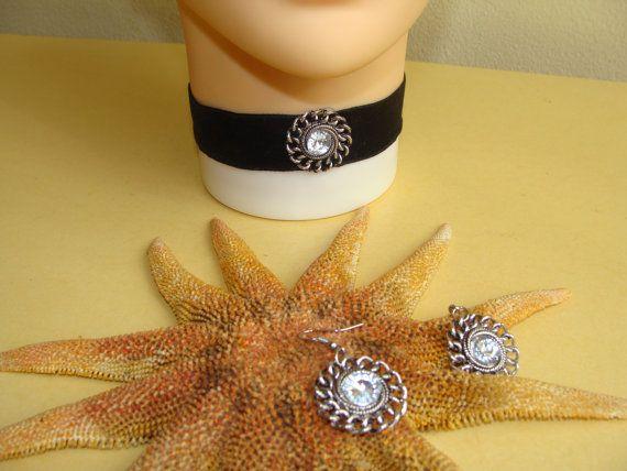 Black Velvet Choker Necklace with Earrings, Vintage Nickel Pendant, Vintage Nickel Earrings, Modern Choker, Elegant Choker, Vintage Choker