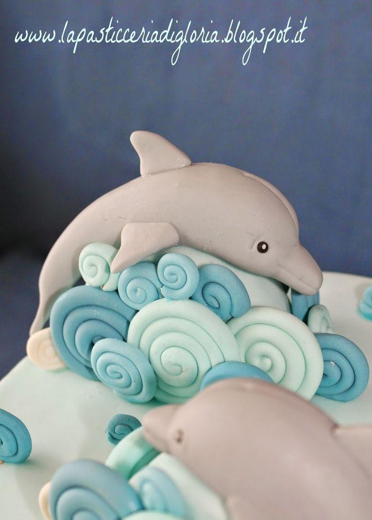 Buonpomeriggio !!!  Oggi nuovo post, nuova tortina e nuove foto ovviamente !!! ;)   Vi mostro una torta che mi ha lasciata molto soddisfat...