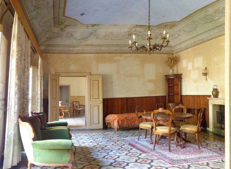 Vendita Appartamento con affreschi e giardino a Pisa centro, quartiere San Francesco. Per info e appuntamenti Diego 050/771080 - 348/3259137