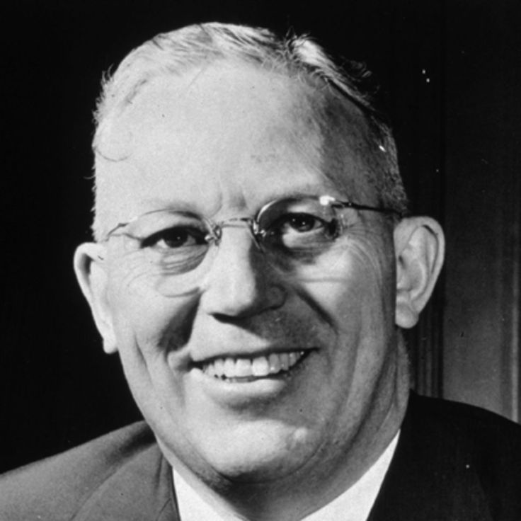 All rise for Chief Justice Earl Warren at Biography.com! The judge also served three terms as governor of California, and investigated JFK's assassination.