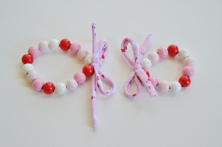 CHRISTMAS 'Rudolph' children's bracelets. Handmade and handpainted. Made from wooden beads and recycled t-shirt yarn.