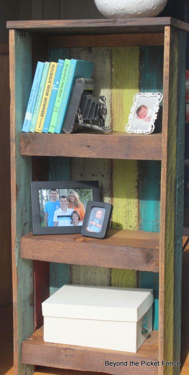 Pallet Shelf Tutorial http://bec4-beyondthepicketfence.blogspot.com/2014/03/pallet-shelf-tutorial.html