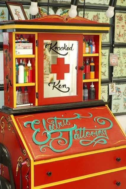 30 best images about tattoo shop decor on pinterest be for Alaska tattoo shops
