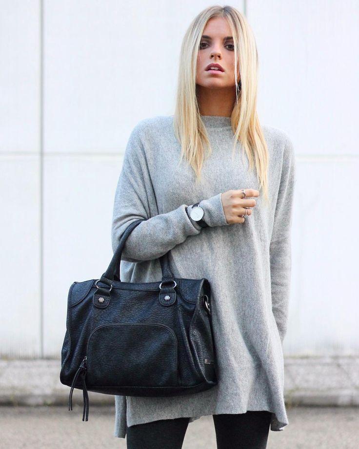 Handbag effetto pelle invecchiata in un look nero e grigio. #handbag #caleidos #borsa #fw2016