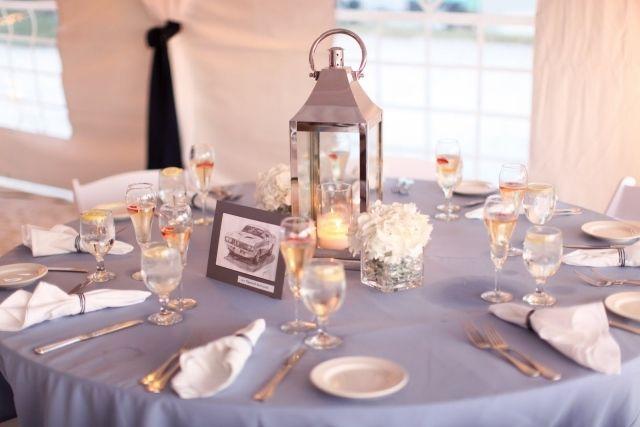 centre de table mariage en lanterne et photo rétro