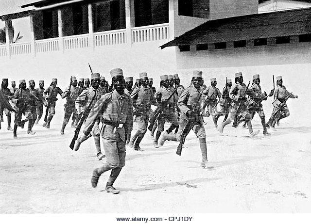 askari-soldiers-of-the-protection-force-in-german-east-africa-1914 http://www.aresenyalius.es/catalogo/la-i-guerra-mundial-en-africa-1-detail