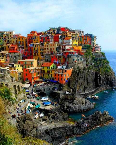 Cinque Terre, Italy (Italian riviera) ... Uploaded with Pinterest Android app. Get it here: http://bit.ly/w38r4m