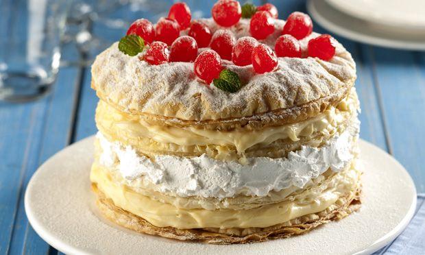 Receita de Mil folhas com creme de leite condensado - Torta doce - Dificuldade: Fácil - Calorias: 703 por porção