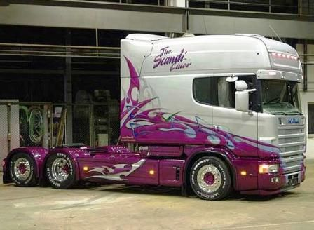 Commercialmotor.com - Scania trucks and Laxa Special Vehicles--together they build some very impressive wagons says Biglorryblog, especially the Longline!