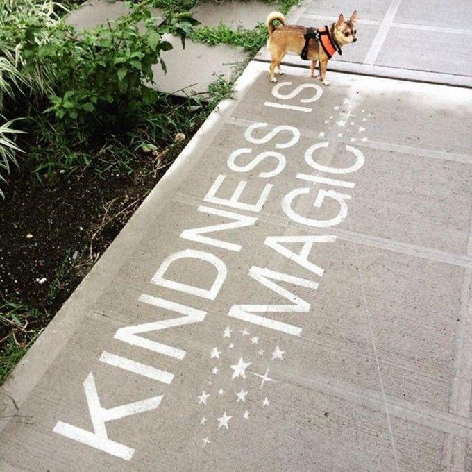 Rainworks: la streetart che fa sorridere nei giorni di pioggia