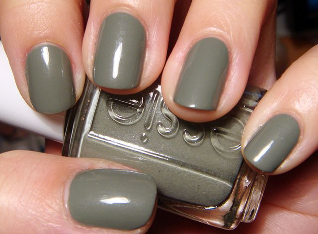 Essie Sew Psyched : I always pass this one by on the shelves, but it's actually a really pretty color. Have it.