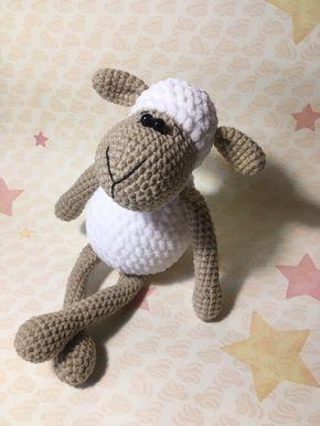 Amigurumi sheep - free pattern - needs translating.
