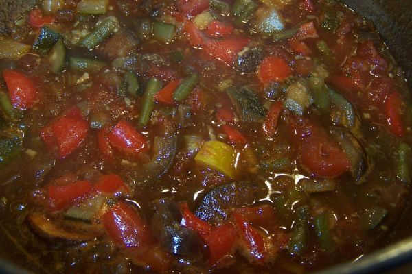 Recipe: Ratatouille Chutney - the taste of hot Summers in a jar - all of the Mediterranean vegetables right there in a tangy sauce. Try stirred through cooked pasta for a quick and delicious lunch