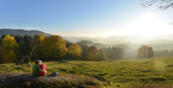Beim #Wandern den #Weitblick im #Mühlviertel genießen. Weitere Informationen zu #Wanderurlaub im Mühlviertel in #Österreich unter www.muehlviertel.at/wandern - ©Oberösterreich Tourismus/Röbl